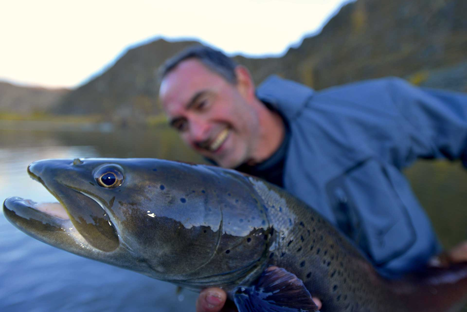 Mongolie Taimen Slid Pac Voyages de pêche